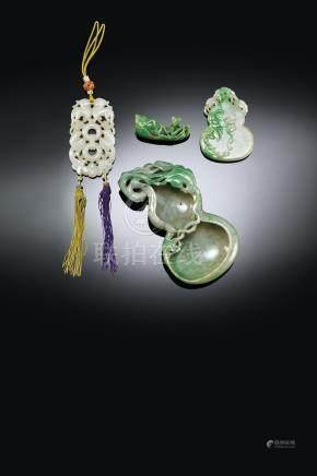 白玉鏤雕福壽紋佩