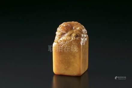 寿山石狮钮印章