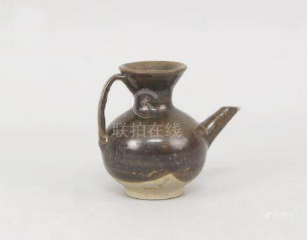 A Chinese brown glazed stoneware water ewer, Song dynasty style, late 19th/early 20th century,