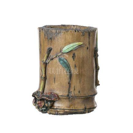 Brush pot 'bamboo' in Chinese ceramic, Republic