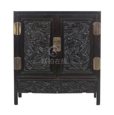 Chinese Hongmu cabinet with dragons, Minguo
