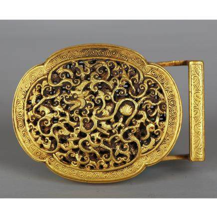 CHINESE GILT BRONZE BELT HOOK