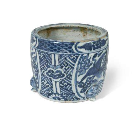 A Chinese blue and white porcelain brush pot, Ming Dynasty, Wanli Period (1573-1619), of barrelled