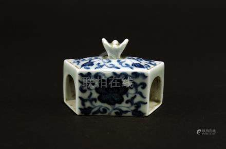 Blue&White Box for Cricket Fighting Game  Middle of Qing