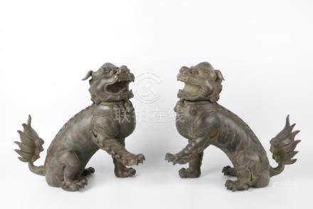 Qing Dynasty Bronze lion ornaments