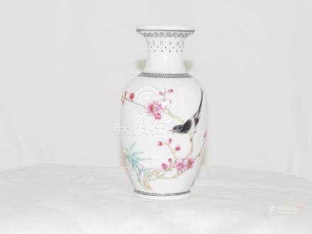 Chinese vase with birds 19th Bird bamboo plum tree