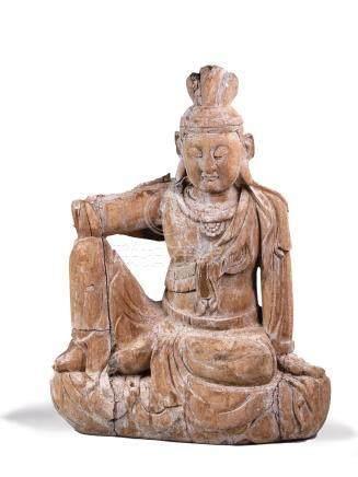AVALOKITESVARA en bois  assise en position de  délassement. Chine XXe siècle H.