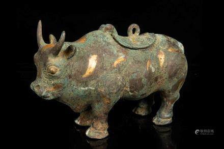 ARCHAIC BRONZE INLAID GILT AND SILVER 'RHINOCEROS' FIGURE