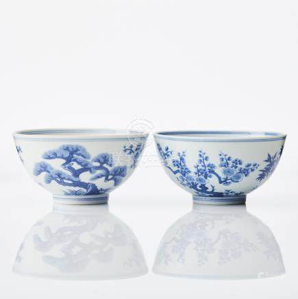 A pair of blue and white 'Three Friends' bowls