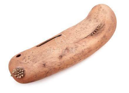 Objet en céramique brune en grès intitulé: « Résurrection de la corruption » pa