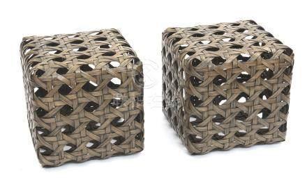 Ensemble de deux cubes en osier de bambou originaires des Philippines, renforcé