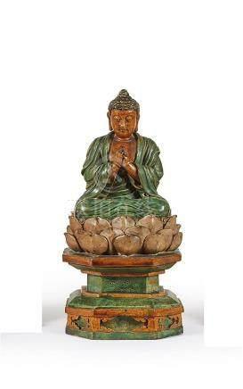 CHINE - Époque MING XVIIe siècle Statuette de bouddha en grè