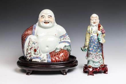 FAMILLE ROSE FIGURE OF HAPPY BUDDHA AND SHOLAO, LATE QING