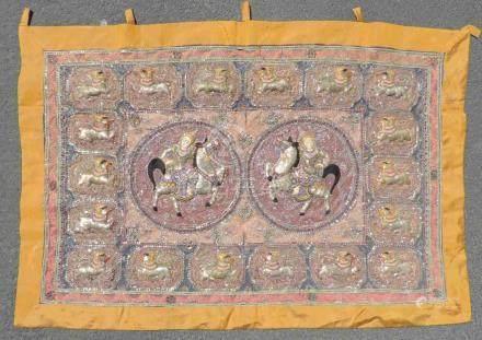 Wandbehang, wohl Bali oder Thailand, Südost- Asien.100 cm x 145 cm. Mit Umrandung gemessen.Tapestry,