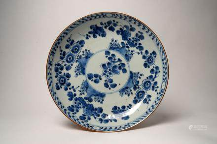 Shunzhi: Blue and White Floral Dish