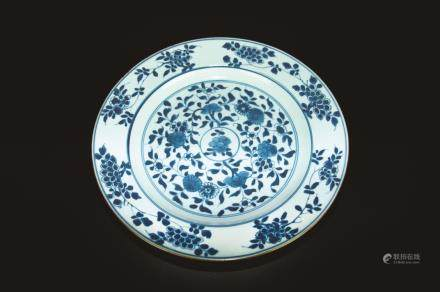 BLUE AND WHITE EXPORT PLATE