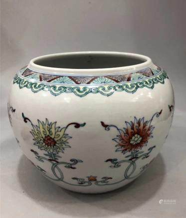 CHINESE DOUCAI PORCELAIN FISH JAR