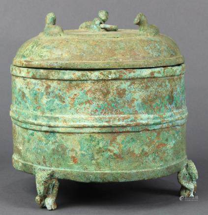 Han-type bronze lidded vessel, the cylindrical body with raised bands on three bear form supports,