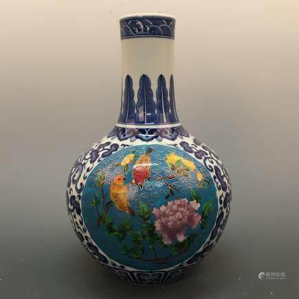 Chinese Blue-White Porcelain Vase, YongZheng Mark