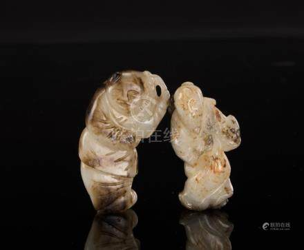 Qing-A Two Resset White Jade Carved Figure