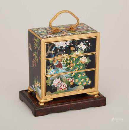 二十世紀早期 日本銅胎畫琺琅三屜微型櫃 稻叶底款 A Japanese Miniature Cloisonné Three-Drawer Chest, Inaba Mark, Early 20th Century