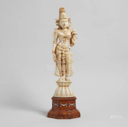 二十世紀中期 印度 女神立像 A Large Indian Ivory Carved Figure of Goddess, Mid-20th Century