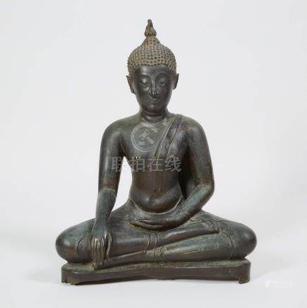二十世紀早期緬甸 銅佛坐像 A Bronze Seated Buddha, Burma, Early 20th Century