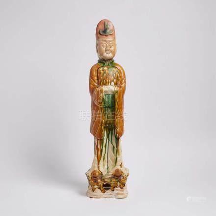 唐 三彩武官立像 A Sancai Glazed Figure of a Military Official, Tang Dynasty