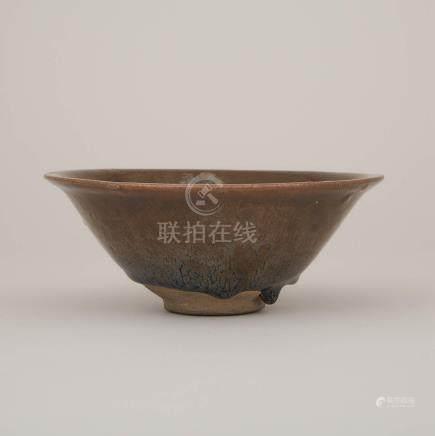 南宋 建窯兔毫盞 A Large Jian 'Hare's Fur' Flared-Rim Bowl, Southern Song Dynasty