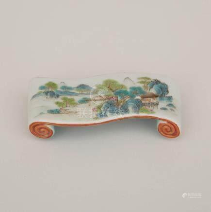 清 粉彩山水紋書卷形筆擱/墨床「乾隆年製」四字篆書款 A Famille Rose Scroll-Shaped Inkcake Rest, Qianlong Mark, Qing Dynasty