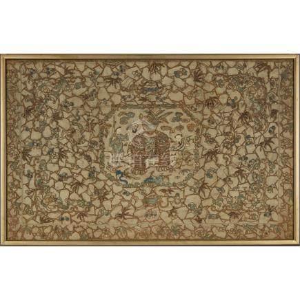 十九世紀 盤金太平有象八吉祥紋繡片 鏡框 A Couched Gold Silk Embroidered 'Elephant and Boys' Panel, 19th Century