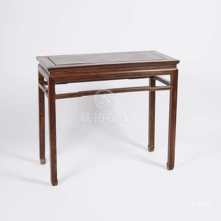 雞翅木書桌 A Jichimu Hardwood Carved Table