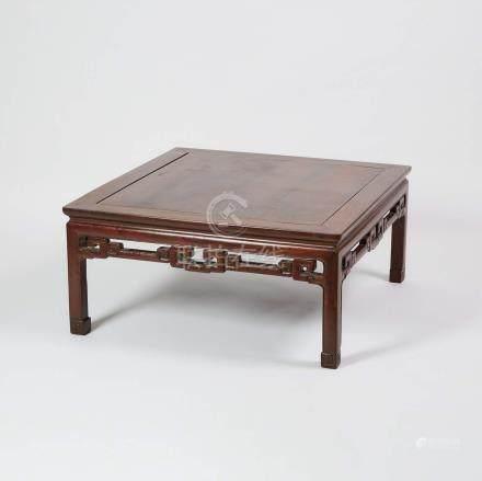 花梨雕如意紋炕几 A Rosewood Carved Square 'Kang' Table