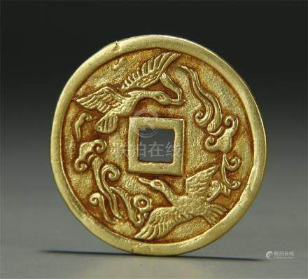 A Chinese ancient gold coin; 18K tested
