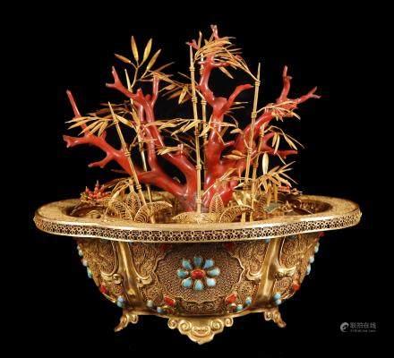 清代  纯金掐丝嵌宝石烤蓝珊瑚树盆景
