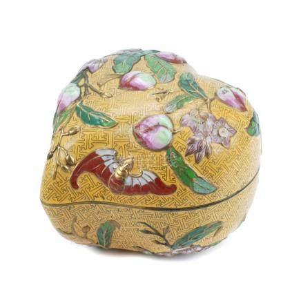 CHINESE CLOISONNÉ BOX, 20TH CENTURY