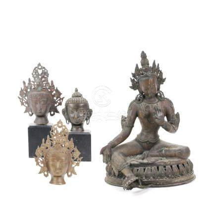 LOT OF 3 HEADS OF BUDDHA TOGETHER WITH BRONZE SINO-TIBETAN T