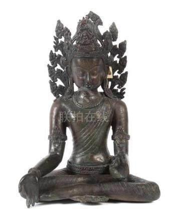 Buddha Shakyamuni19./20. Jh., wohl Nepal, Bronze, mehrteilige plastische Darstellung des sitzenden