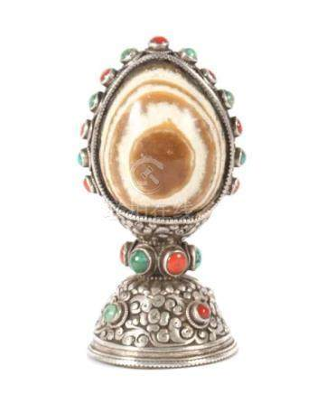 SiegelTibet/Nepal, 1. Hälfte 20. Jh., Kupfer/versilbert/Stein, Siegel mit Symbol des