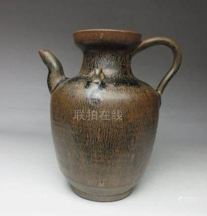 Song Dynasty built kiln rabbit silk tea pot