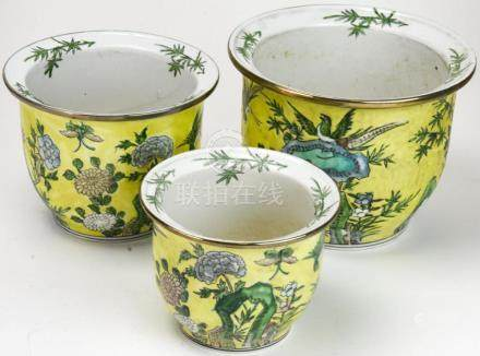 Chinese Hand Painted Porcelain Nesting Planters