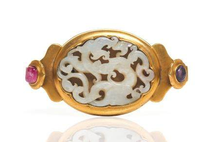 CHINESE CHILONG JADE PLAQUE IN GILT BELT BUCKLE