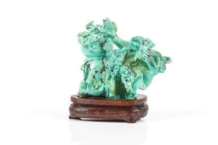 CHINESE TURQUOISE CARVED DRAGON GROUP