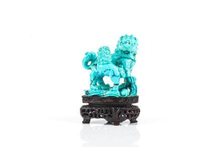 CHINESE TURQUOISE CARVED LION GROUP