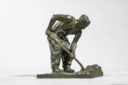 Gustave Adolphe HIERHOLTZ (1877-1948) Terrassier - sculpture en bronze à patine