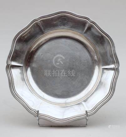 Assiette creuse en argent 925°/°°, chiffrée