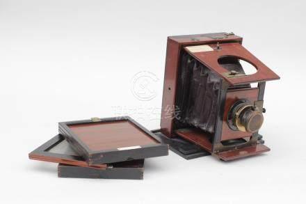 Ancienne CHAMBRE photographique à main de marque MAKENSTEIN en acajou avec troi