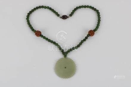 Green jade bracelet and white jade pendant