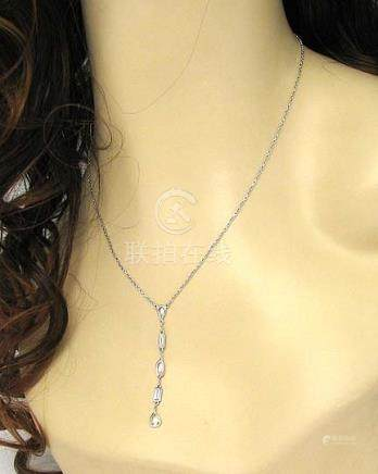 ELEGANT 18K GOLD & 1.08 CARATS DIAMONDS LAVISH NECKLACE