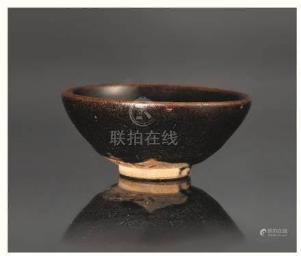 宋建窑素黑茶盏
